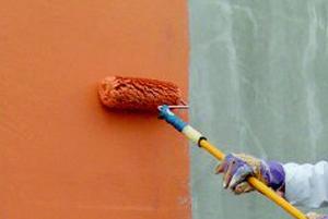 grundierungen-pigmentiert-spachtel-und-grundierungen-fassade