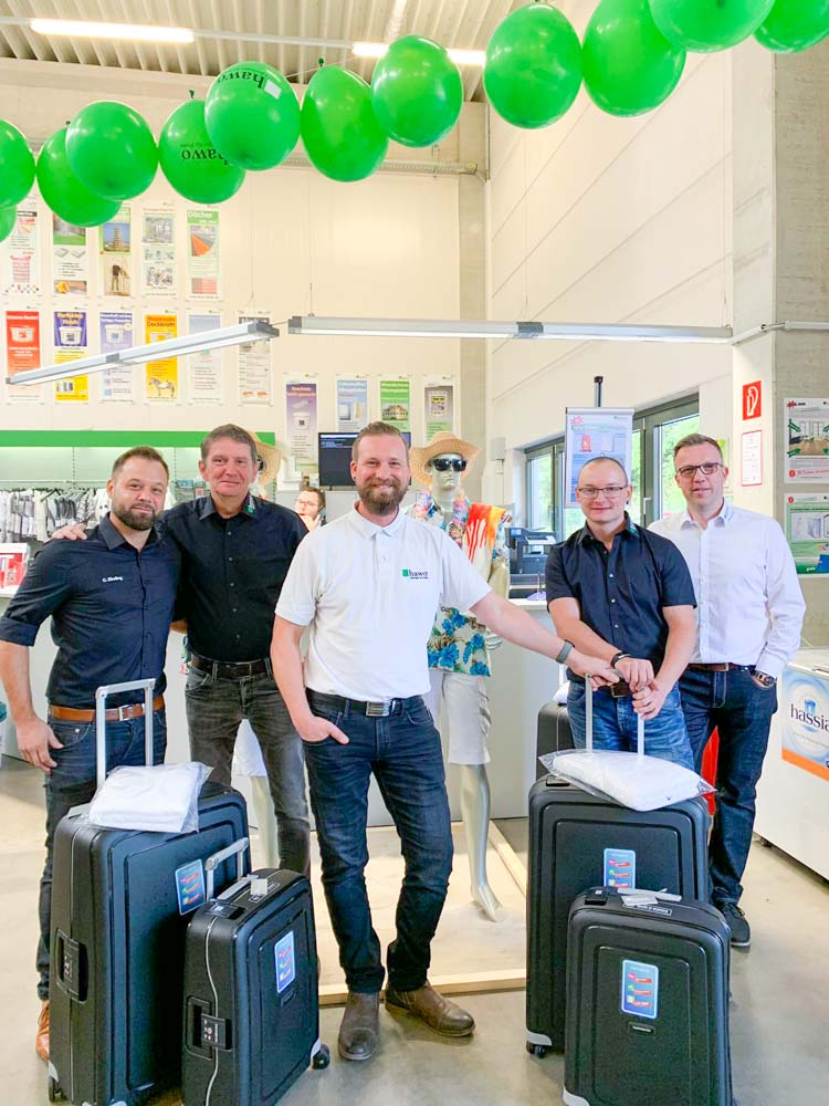 Team Eschborn mit der Aktion Samsonite-Koffer